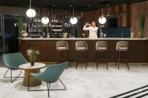 Hotel inspirowany chińskim art deo - zobaczcie, jakich użyto w nim mebli