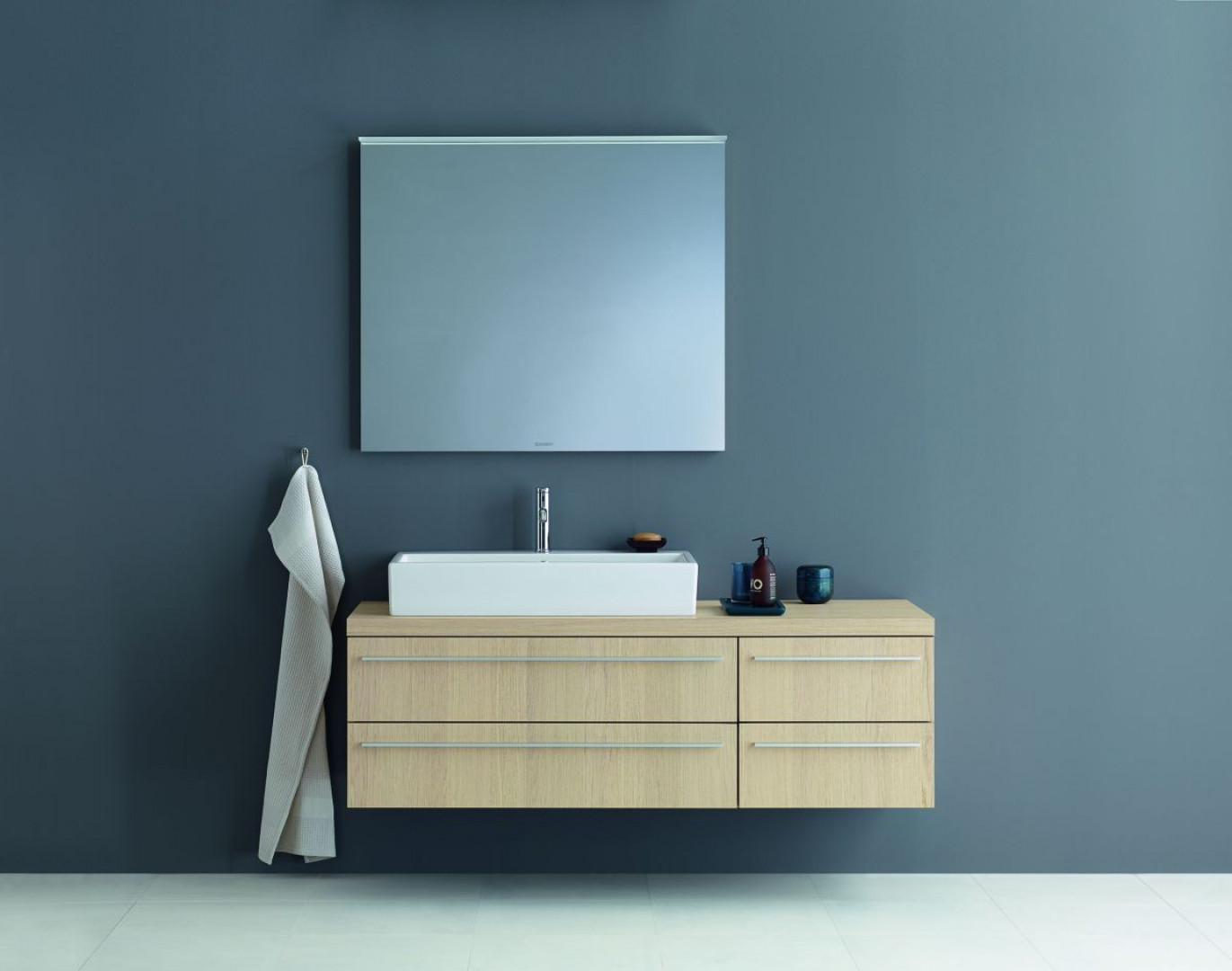 Konsola łazienkowa z serii X-Large firmy Duravit. Fot. Duravit