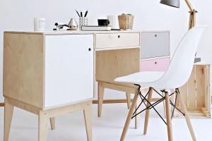 Zaaranżuj domowe biuro polskim designem!