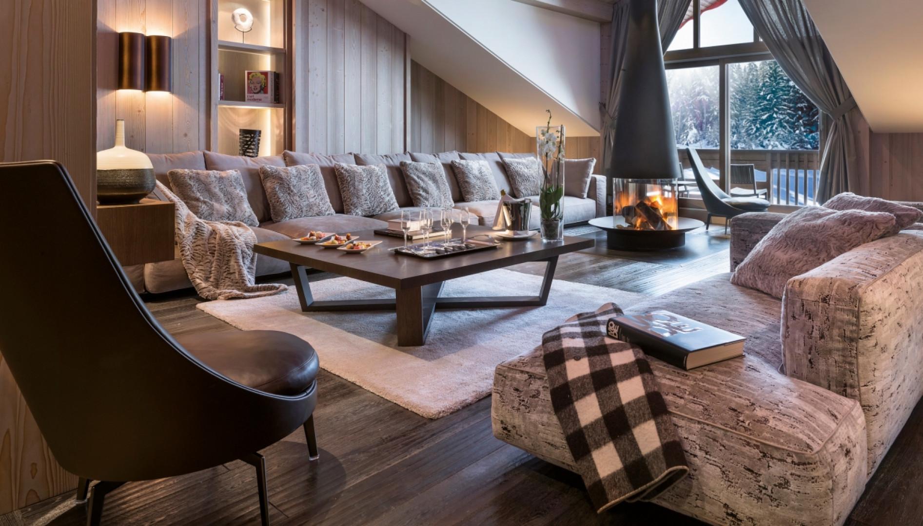 Meble Flexform w alpejskim hotelu. Design: Jean-Marc Mouchet. Fot. Studio Erick Saillet