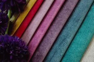 Najmodniejsze tkaniny dla meblarstwa - efekt luksusu, dotyk aksamitu