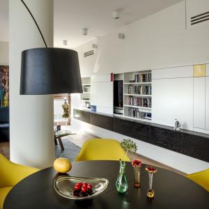 Apartament w Warszawie. Projekt: Pracownia Architektury Wnętrz Anny Koszeli. Fot. Rafał Lipski
