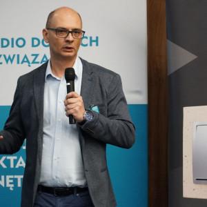 Rafał Kleinschmidt z firmy Kontakt Simon