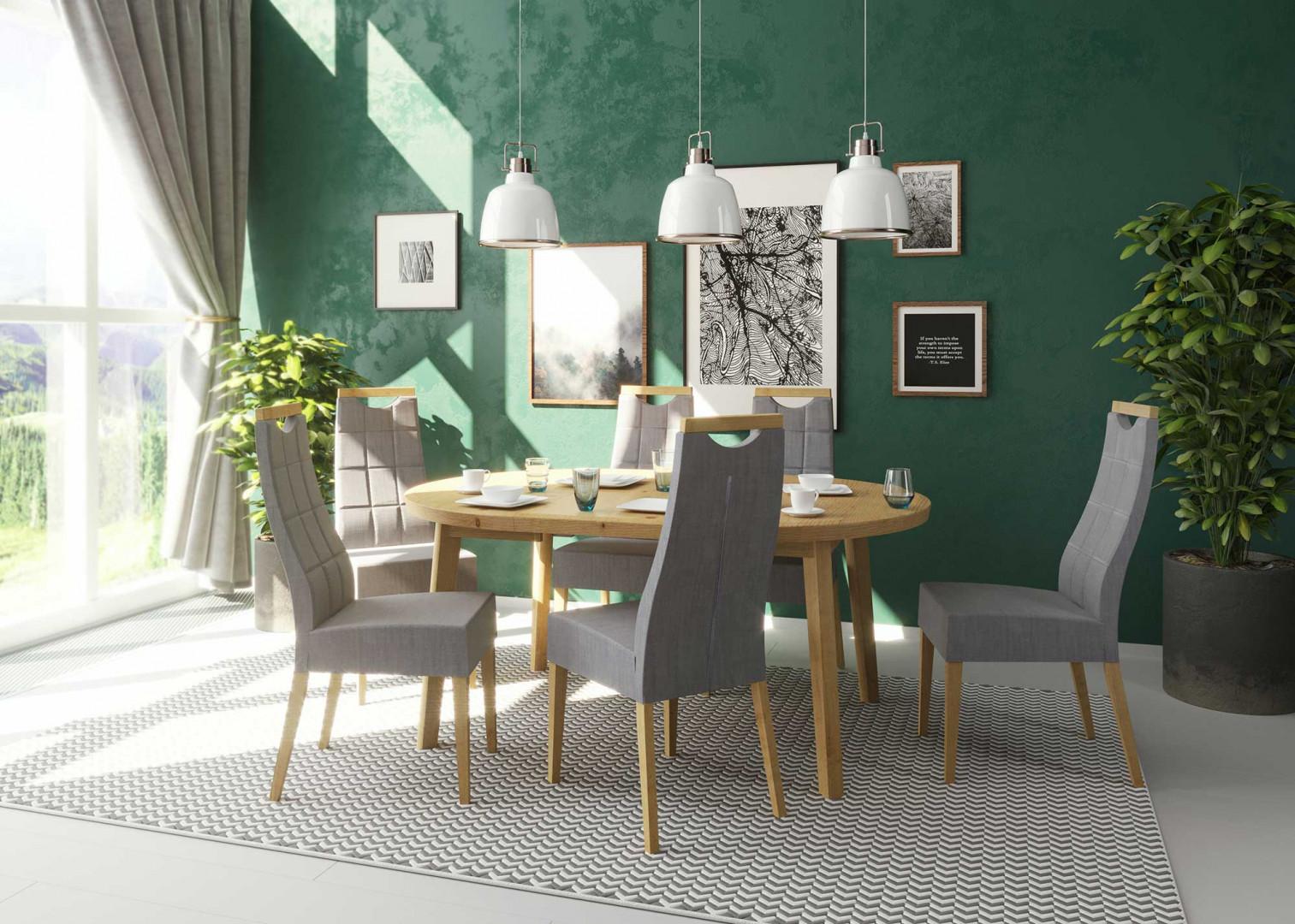 Stół Tondo i krzesła Arco. Fot. Paged