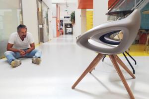 Designerskie krzesła i fotele - ozdoba salonu i jadalni