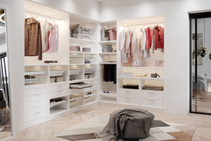 Garderoba walk-in – funkcjonalność i design