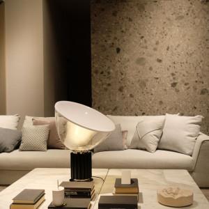 Nowe trendy można zauważyć również w obszarze form dekoracji oraz materiałów. Fot. Kodo