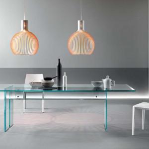 Stół marki Fiam, wykonany w całości ze szkła. Fot. Fiam