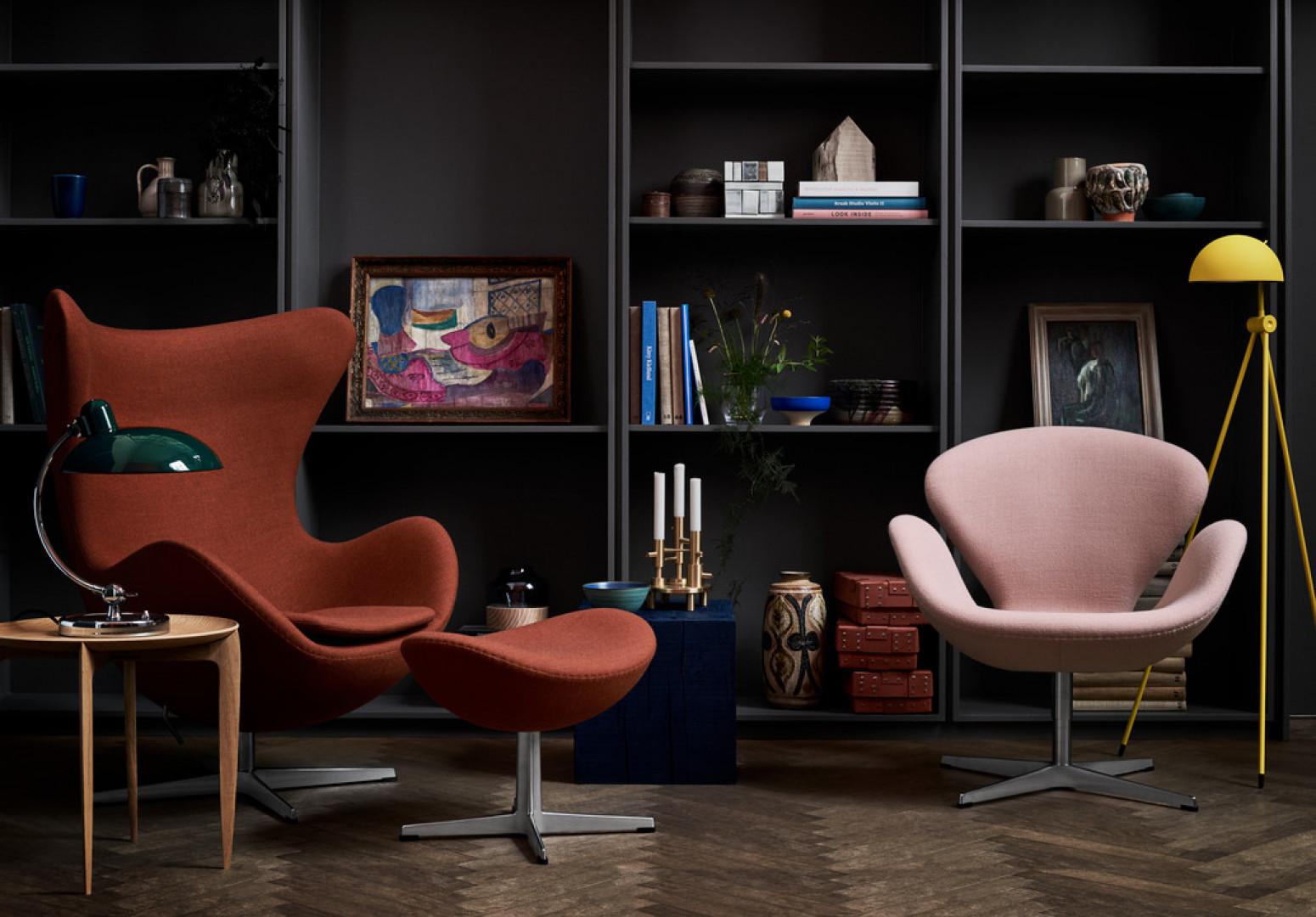 Fotele Egg i Swan firmy Fritz Hansen. Projekt: Arne Jacobsen. Fot. Fritz Hansen