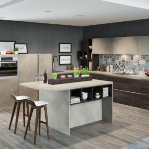 Marmur cenimy za piękno i niezwykłą plastyczność, dzięki której doskonale prezentuje się w kuchniach stylizowanych, jak i tych minimalistycznych. Jego surowość idealnie komponuje się z ciepłym drewnem. Fot. Kam