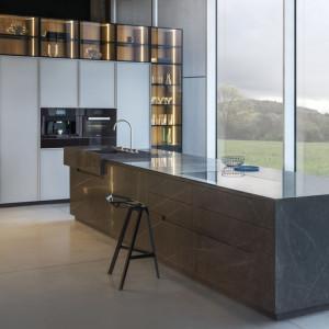 Kuchnia firmy Zajc (marmur Pietra Grey). Fot. Zajc