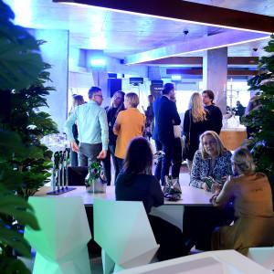 """Wystawa pt. """"Polski design w Galerii Heban"""". Podczas spotkania została zaprezentowana najnowsza kolekcja lamp Macieja Zienia dla firmy Milagro oraz projekty Oskara Zięty. Fot. Galeria Heban"""