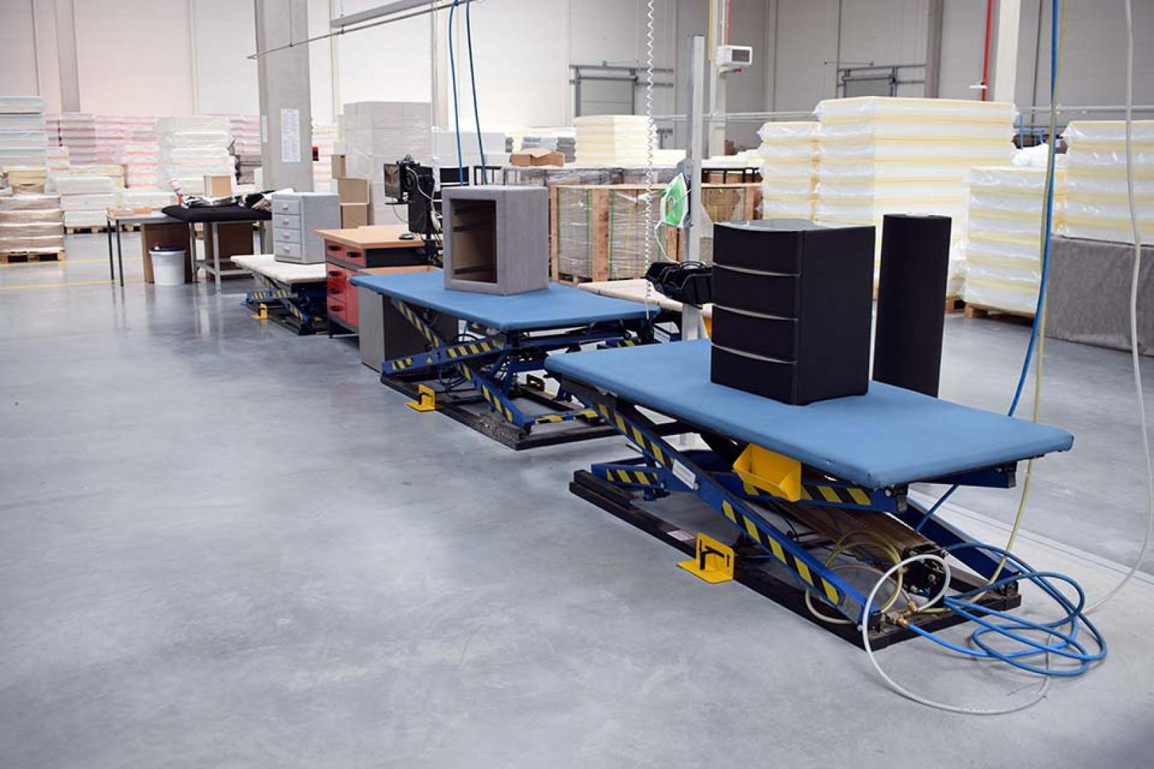 Wnętrze nowej fabryki  Living Furniture Europe w Sulęcinie. Fot. Living Furniture Europe