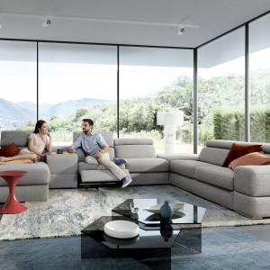 Zestaw wypoczynkowy Plaza ma częściowo regulowane oparcia. Fot. Gala Collezione