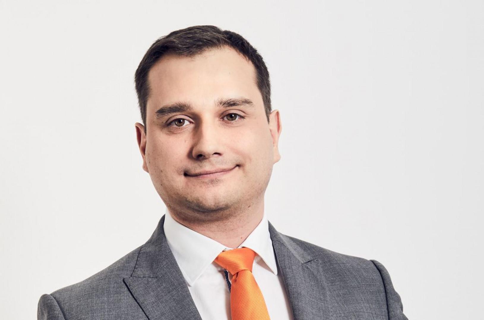 Łukasz Szczepkowski, regional sales manager firmy Kuka