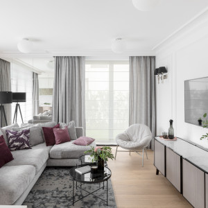 Meble firm Sits i Comforty w sopockim apartamencie. Projekt JT Grupa