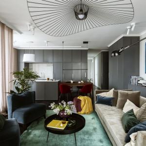 Projekt wnętrza Katarzyna Arsenowicz - sofa Comforty, fotele Sits