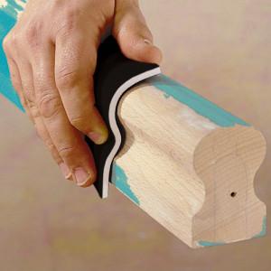 Szlifowanie można zrobić ręcznie (to bardzo czasochłonna czynność) lub korzystając ze szlifierki. Fot. Wolfcract/ Lange Łukaszuk