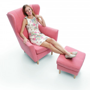 Fotel Fido z podnóżkiem. Fot. Gala Collezione