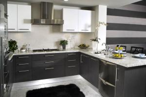 Estetyka i wygoda w kuchni – nowe systemy szuflad