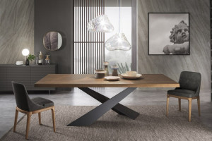 Jak wybrać drewniany stół - porady ekspertów