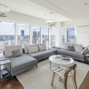Apartament Glace na 29. piętrze Złotej 44. Projekt: Aksonometria. Fot. Aksonometria
