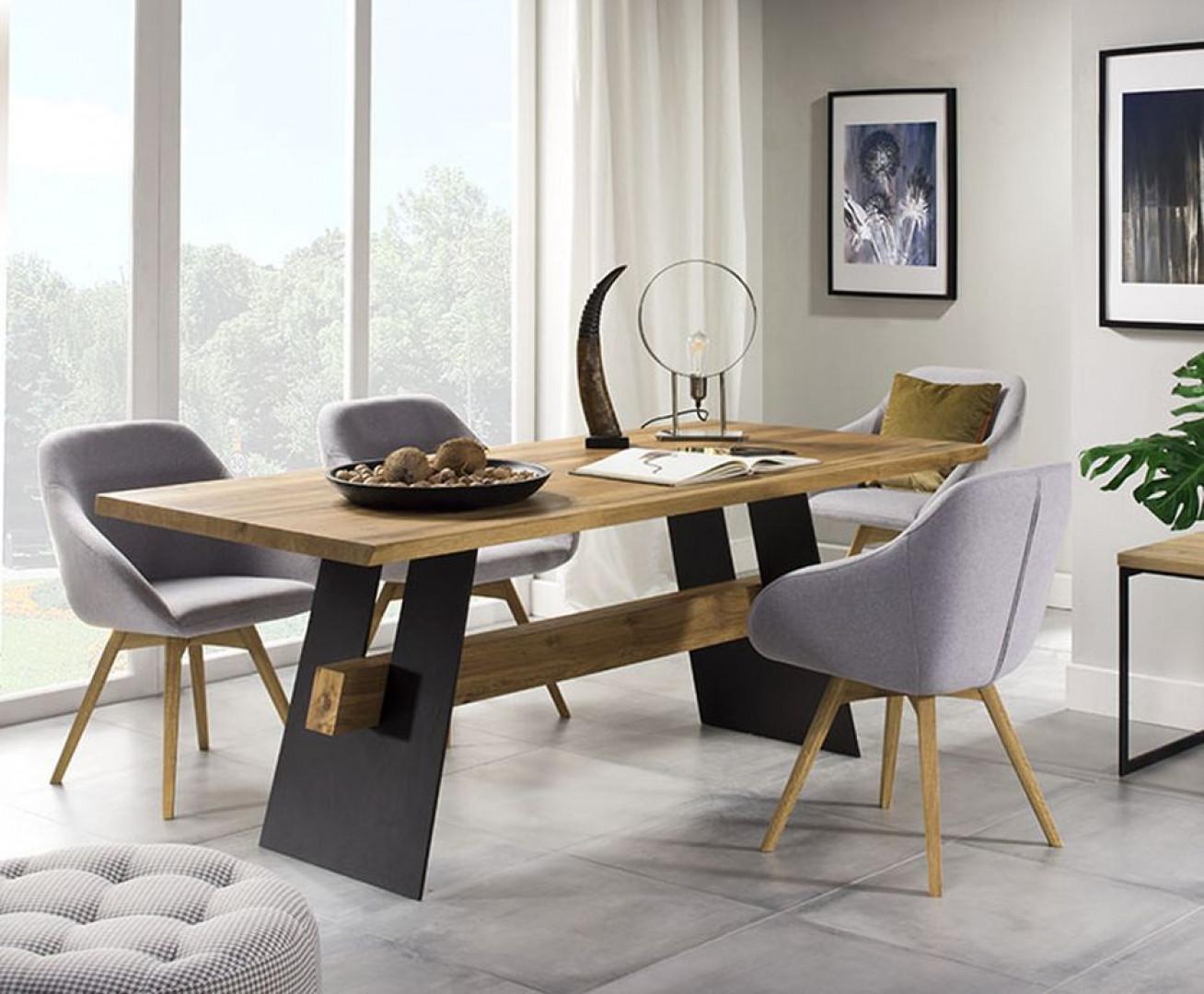 """Stół """"Moreno"""" firmy Meble Krysiak. Fot. Meble Krysiak"""