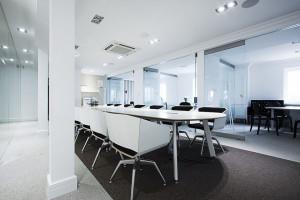 Wyjątkowe wnętrza biurowe w zabytkowej willi