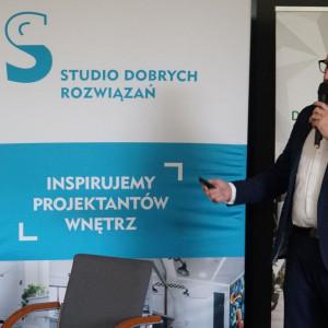 Studio Dobrych Rozwiązań w Łodzi: Wojciech Herok, Excellent.