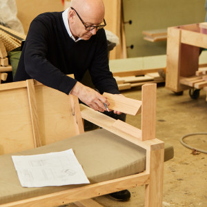 "Zespół: Alex Beard, dyrektor Royal Opera House i projektant Terence Woodgate. Projekt: ""Duo"