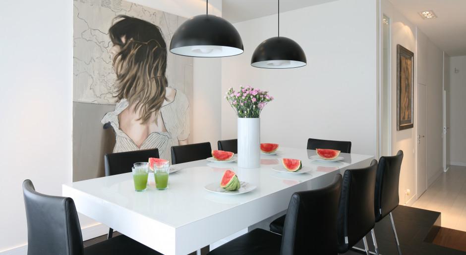 Krzesła w jadalni - zobacz, jak je dobierają polscy projektanci wnętrz