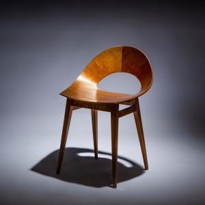 Krzesło Muszelka projektu Teresy Kruszewskiej