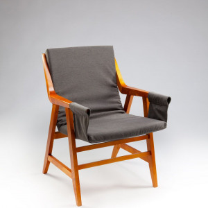 Krzesło Pająk autorstwa Marii Chomentowskiej