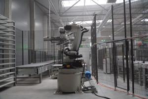 Center Mebel z nową halą i innowacyjną automatyczną linią obróbki płyt