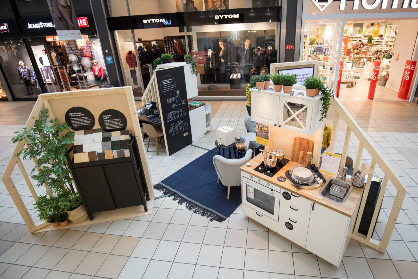 W centrum handlowym M1 w Krakowie powstał tymczasowy punkt IKEA. Pop-up funkcjonował będzie od 2 do 30 listopada.