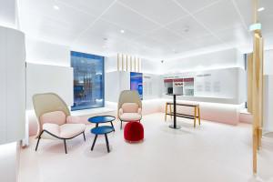 Robert Majkut zaprojektował wnętrza banku