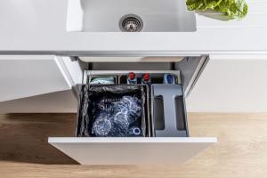 Zero Waste: wyposażenie szafek kuchenny pomoże kształtować dobre nawyki