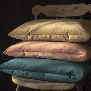 Bestseller: Charleston furniture fabric. Fot. Dekoma