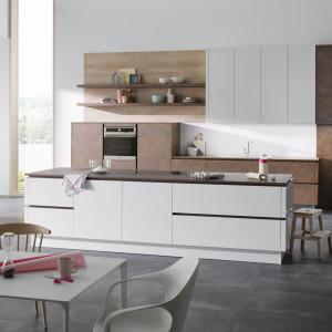 Modna kuchnia: projektanci mebli stawiają na projektowania. Fot. Alno
